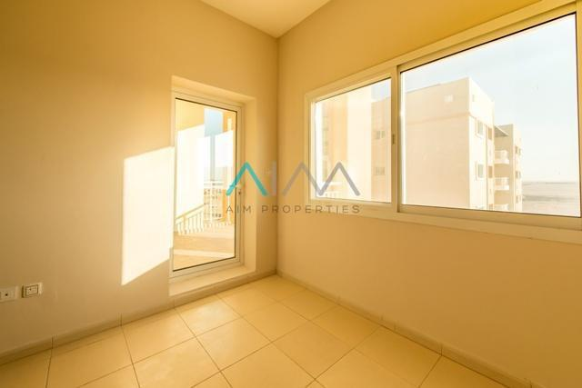 exquisite-layout-with-square-shape-1br_8.jpeg